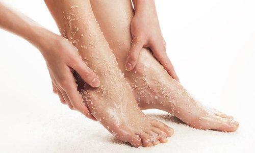Foot Massage with Scrub